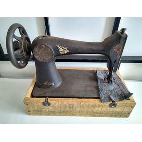 Máquina De Costura Antiga , Ler A Descrição! ®