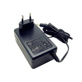Fonte Estabilizada 12v 2,5a Cftv Receptor De Tv Plug P4