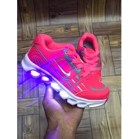 c0536b7dca3 Teni Infantil Acende Luz Nike - Tênis no Mercado Livre Brasil
