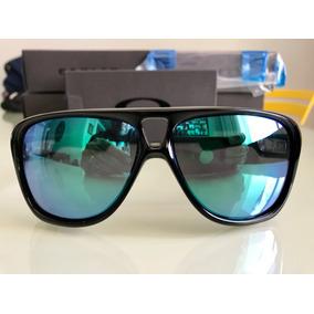 d9c91b0ddd7c7 Óculos De Sol Outros Óculos Oakley em Distrito Federal no Mercado ...