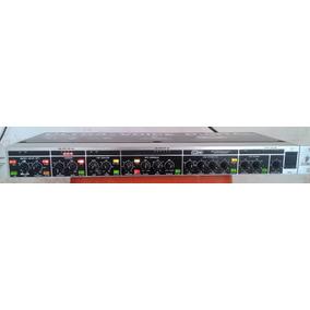 Processador Ultra-voice Digital Behringer Vx2496