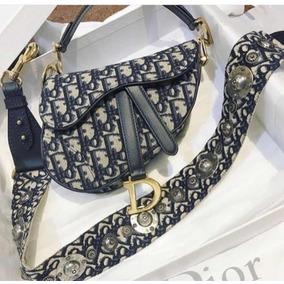 5a99e03184e Bolsas Dior de Tecido Femininas Com fecho no Mercado Livre Brasil