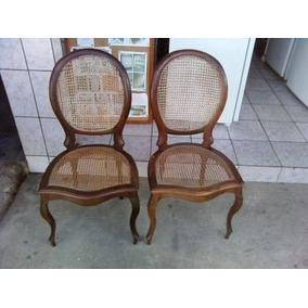 Vendo Duas Cadeiras Antigas - Semi Novas