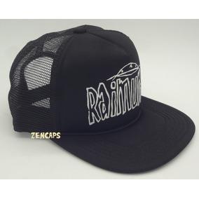 Boné Raimundos Rock Trucker Cap Aba Reta Estampa Em Silk 339931aa139