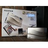 Cámara Fujifilm Finepix Z800exr - 12 Mp Dorada