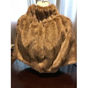 Capa Poncho Faux Fur Beige Con Dorado Diseño Único