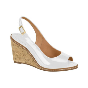 a53ada701 Sandalia Vizzano Anabela Branca - Sapatos no Mercado Livre Brasil