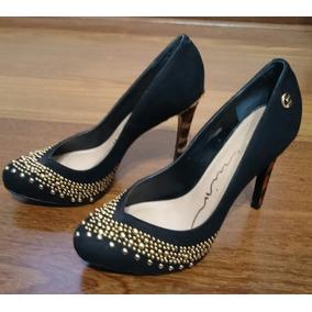 bc2b4b8c17 Carmim Scarpin Preto Verniz Feminino Scarpins - Sapatos no Mercado ...