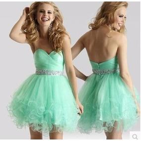 Vestido verde claro debutante