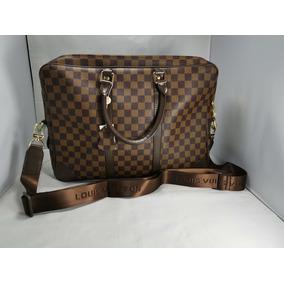 c35702e61 Canguro Louis Vuitton - Bandoleras y Portafolios en Mercado Libre México