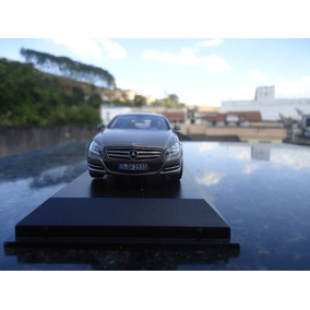 Miniatura De Veiculo Mercedes Benz Cls 350 Escala 1;43