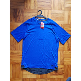 8ea65c44204 Camiseta Swag Nike - Calçados