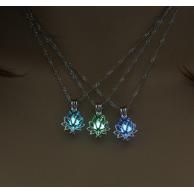 1f8c0e250bea Hermoso Collar Brilla Oscuridad Flor De Loto Luminiscente
