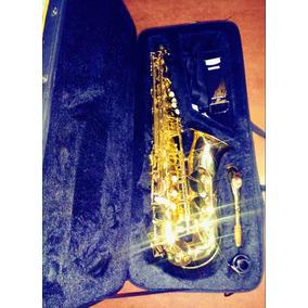 Saxfon Alto- Prelude By Conn-selmer As710