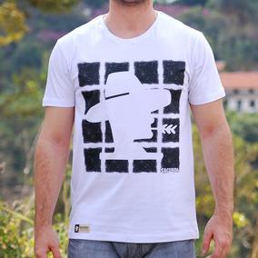 Camisetas Sacudidos - Calçados ad2cdf9878c8f
