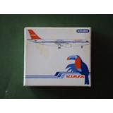Avión Viasa Airbus A-300. Marca Schabak. Escala 1:600