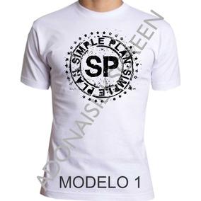 Camiseta Feminina Simple Plan - Camisetas no Mercado Livre Brasil 7abb1a3bd42