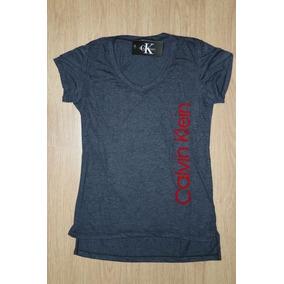 21460093ab79e Camiseta Gola V Lacoste Tamanho P - Camisetas e Blusas para Feminino ...