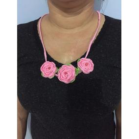Colar Croche 3 Rosas
