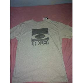 ab16605e8cf78 Blusas Oakley Quiksilver - Calçados