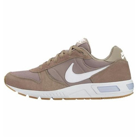 detailed look 1f2e3 fecaf Tenis Nike Cafe Con Blanco