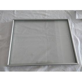 Quadro Moldura De Aluminio 2 Vidros - 36,5 X 27,5cm Usado
