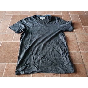 Playera Guess Gris Extra Chica A Chica Adulto
