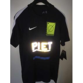 d5019e5319698 Camisa Nike X Piet Nova C  Etq. Completa