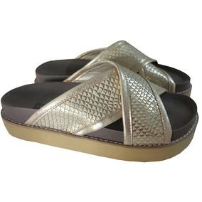 b50e3dc9b90 Sandalias Cruzadas Doradas - Sandalias de Mujer en Mercado Libre ...