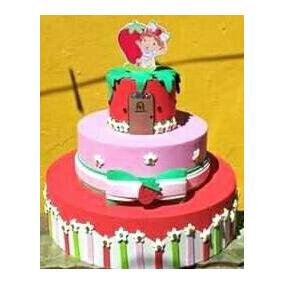 Bolo Em Pasta Americana   Moranguinho Baby - Decoração de Festa no ... a0ff3d2585815