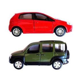 Carrinho De Metal Para Coleção Fiat Punto E Fiat Doblo