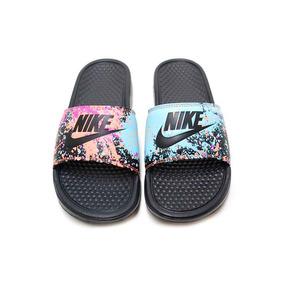4fbad1d563 Chinelo Benassi Feminino Nike Floral - Calçados