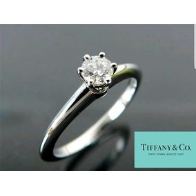 Anillo De Compromiso Tiffany & Co .26 Carats Diamante