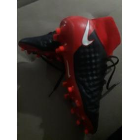Chuteira Nike Ronaldinho Gaucho N - Chuteiras Vermelho no Mercado ... bc1c56b6cda4a