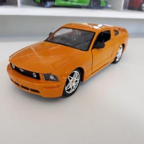 Miniaturas Mustang, Dodge, Cobra, Corvette, Taxi 1/24