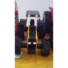Miniatura Trator Valtra 785