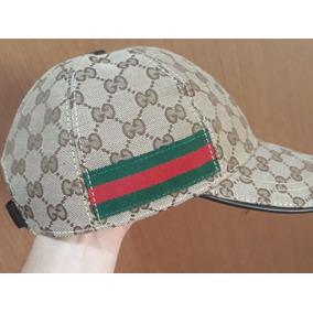 Boné Gucci - Calçados 7c6a11edc3e