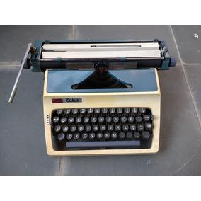 Máquina De Escrever Antiga - Daro Erika - Ótimo Estado