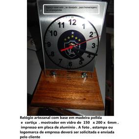 Relógio De Mesa Artezanal Em Vidro De 200 X 150 X 6 Mm