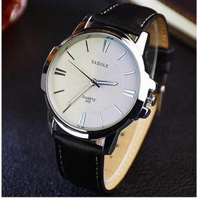 Relógio Masculino Yazole Pulseira De Couro Fundo Branco