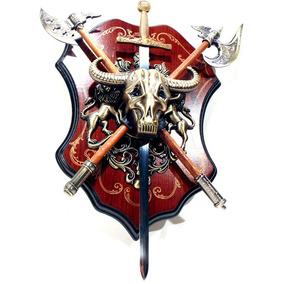 Escudo Com Machados E Espada Mod 1222 Brasão Medieval