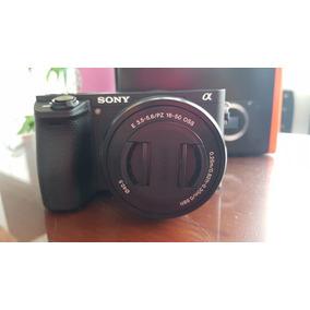 Câmera Sony A6500 + 16-50mm F / 3.5-5.6 Oss