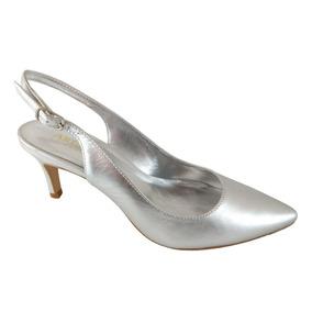 fec0ad7958c Sapato Chanel Prata Feminino Scarpins - Sapatos no Mercado Livre Brasil