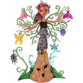 Boneca Barbie Monster High Garden Ghouls Treesa Thornwillow