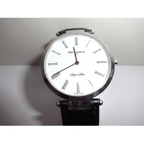 Reloj Super Slim Marca Nivada Seminuevo