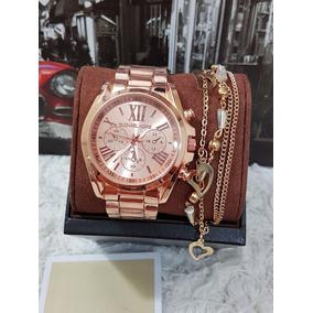 Relógio Smart Michael Kors Mkt5001 · Relógios Femininos + Pulseira Lindos  Para Presentear 15cd0495a2