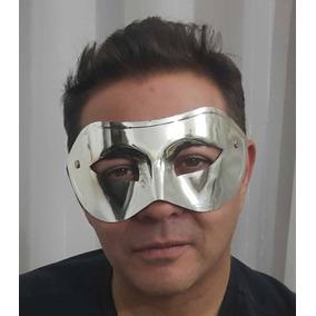 Mascara Fantasia Lote Com 12 Usadas