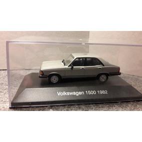 Volkswagen 1500 1982 1/43 Incluye Caja Acrilica !!!