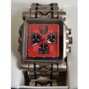 eab79cd7156 Parafusos Pinos Relogio Oakley Time Tank Minute Machine - Relógios ...