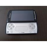 Sony Xperia Play De Vitrine